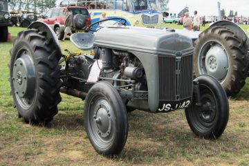 Ford Ferguson 9N tractor 1942