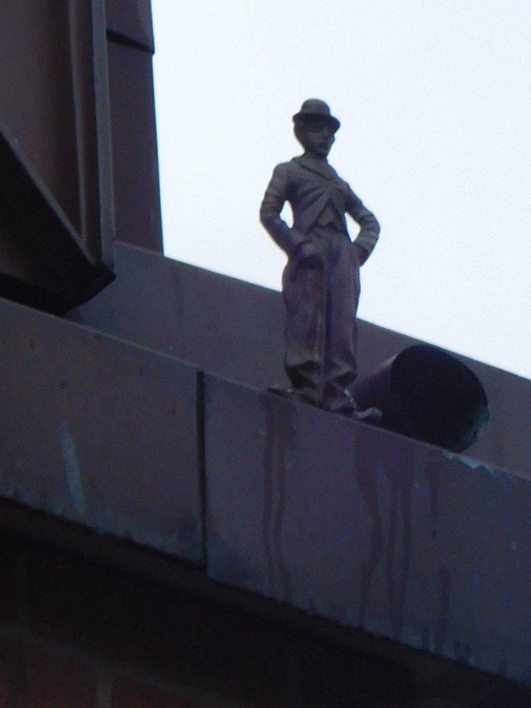 Charlie Chaplin - Joy Street roofline