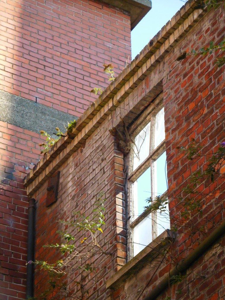 Jennymount building now derelict