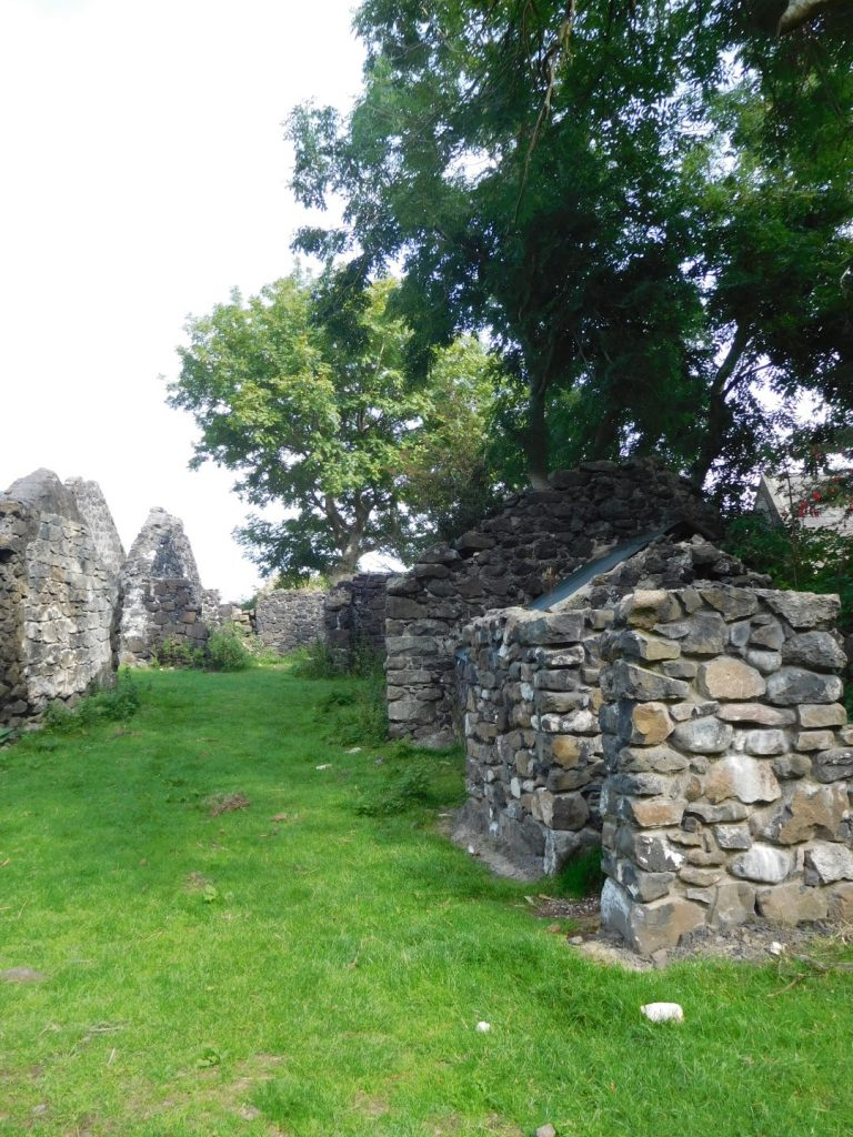 Galboly path & ruins